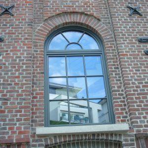 Uferpalais Fenster